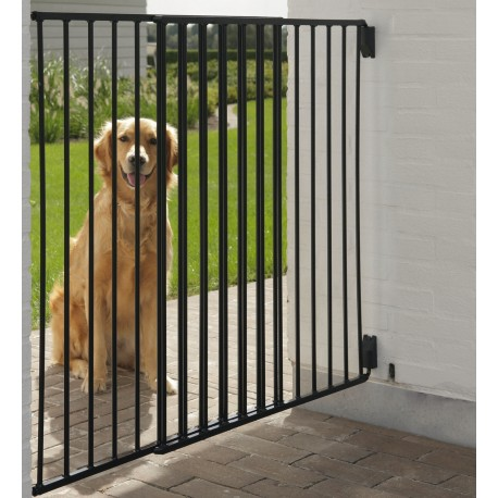 Cancelletto da esterno verniciato in metallo dog barrier for Divisori da esterno