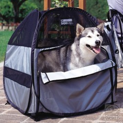 Tenda Cuccia per Cane - Dog Bag Tent al ristorante