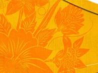 004B - Fiore Asia in arancione su marrone